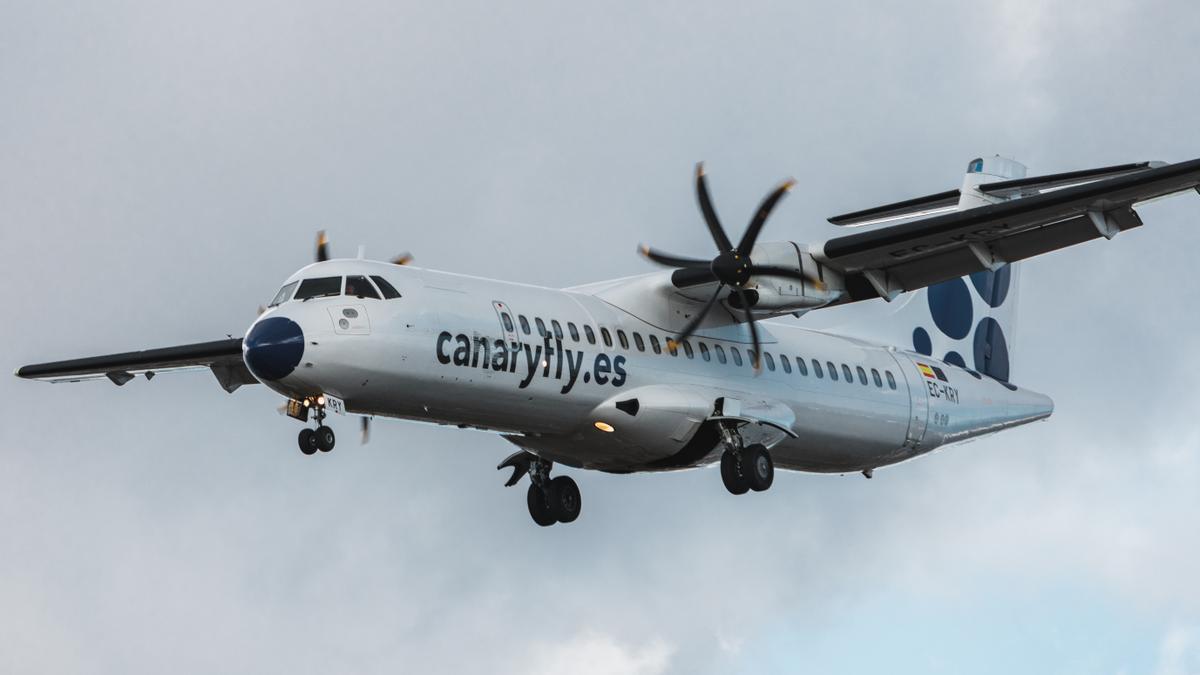 Un avión de Canaryfly.