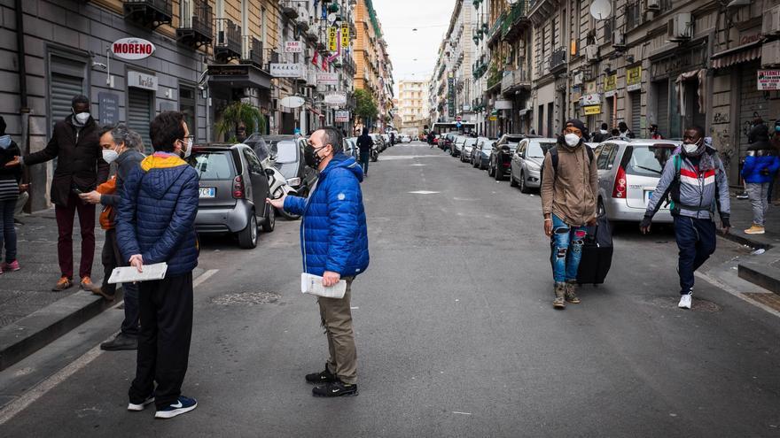 Italia se prepara para su reapertura, pese a las advertencias de los científicos