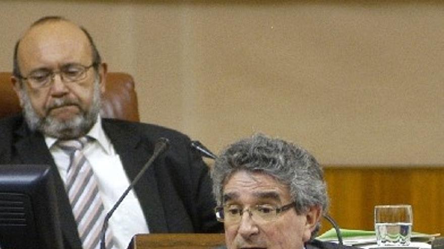 Tres socialistas, Pizarro, María Márquez y José Latorre, formarán la Mesa de Edad en la constitución del Parlamento
