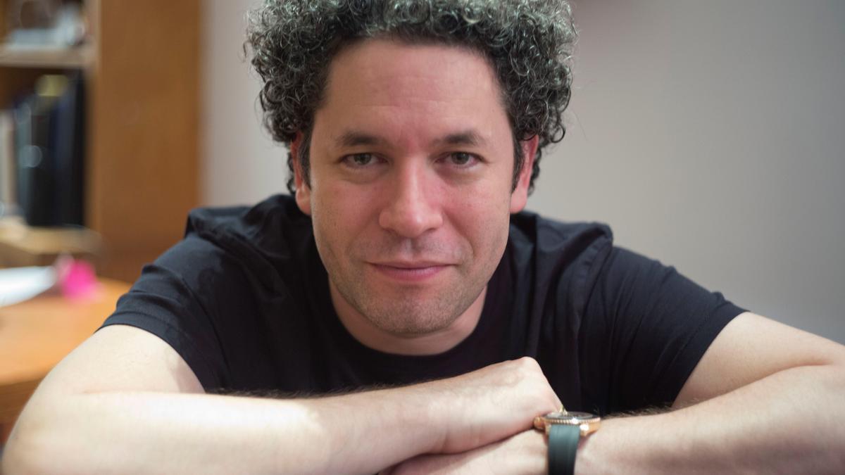 En la imagen, el director musical venezolano Gustavo Dudamel. EFE/Armando Arorizo/Archivo