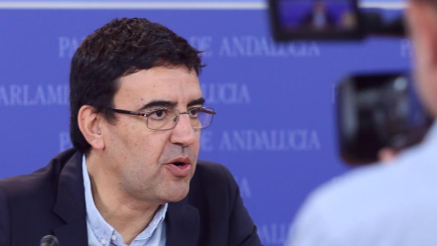Jiménez (PSOE-A) destaca que Susana Díaz es la única que comparece dos veces al año en el Parlamento para rendir cuentas