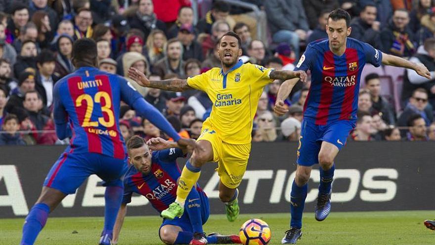 Jonathan Viera, en el partido disputado en el Camp Nou ante el Barcelona