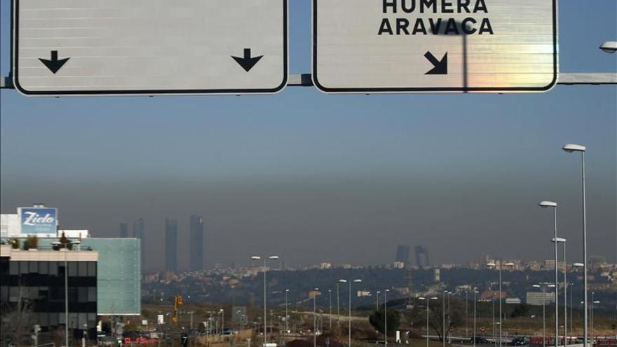 Nube de polución sobre Madrid.