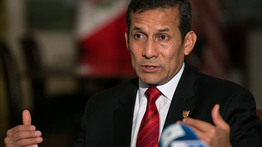 Humala suspende su visita a Canadá y mañana tomará juramento a un nuevo ministro
