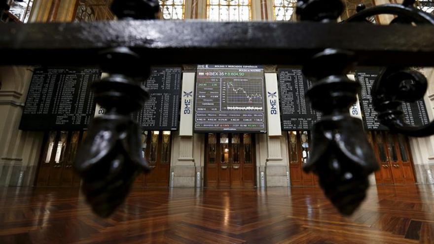 La Bolsa española pone en peligro los 8.600 puntos al caer el 0,27 por ciento