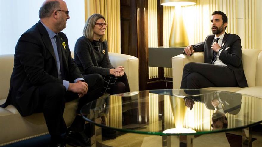 """JxCat confirma a Puigdemont como candidato y estudia alegar su """"inmunidad"""""""