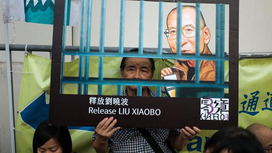 Empeora el nobel de la paz chino, Liu Xiaobo, mientras Pekín se enroca