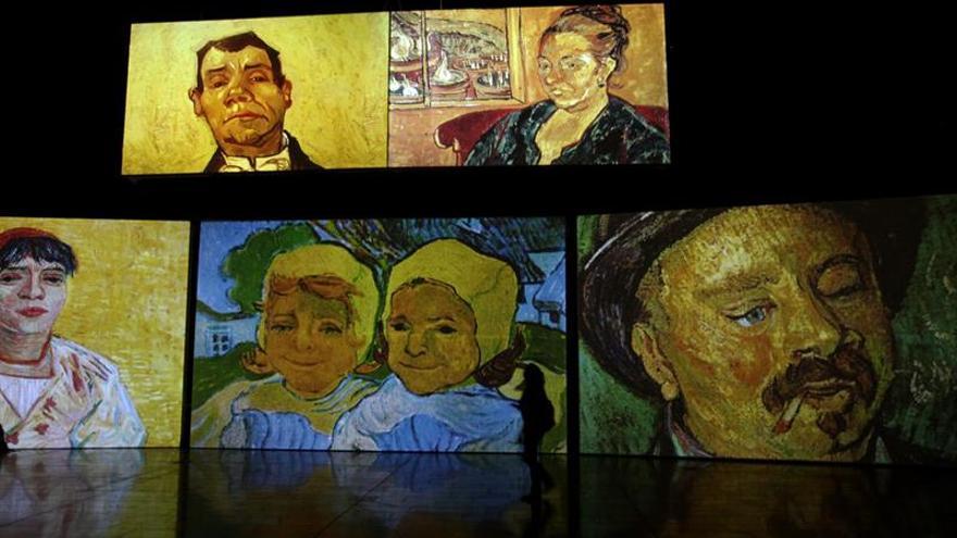 """Medellín se sumerge en la """"locura"""" de Van Gogh con exposición multisensorial"""
