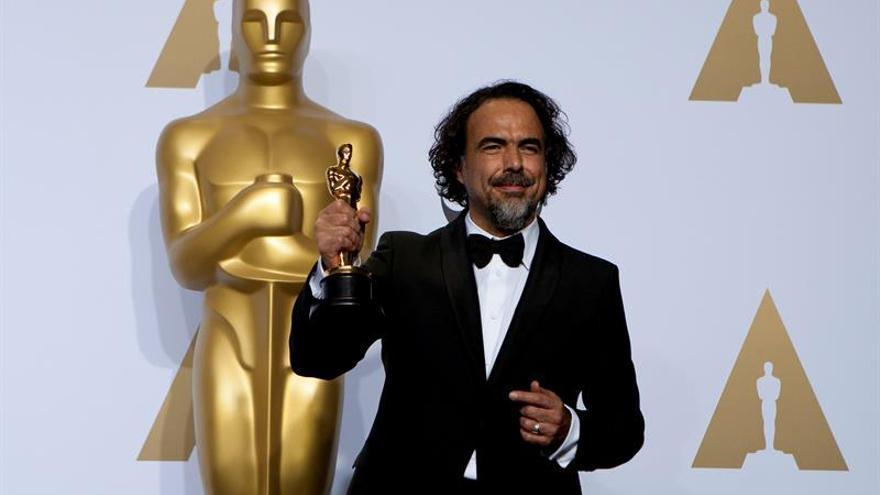Iñárritu: ver una película en tu teléfono es como ver una postal de la misma