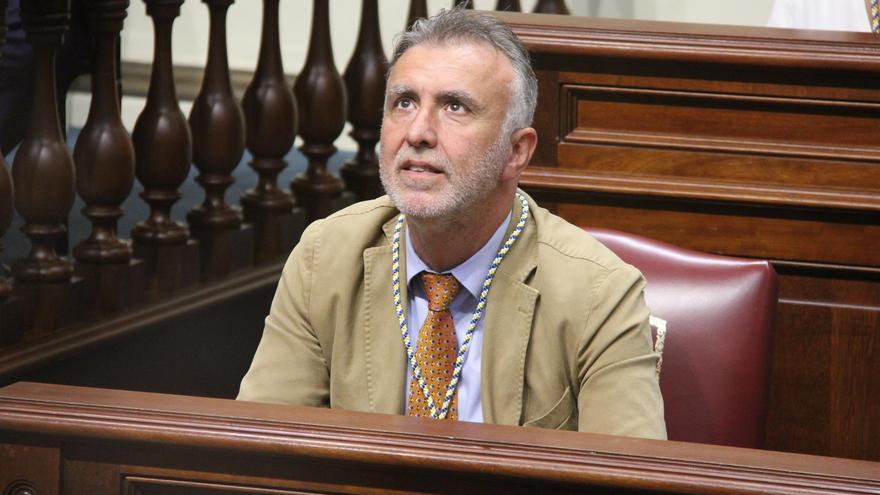 Ángel Víctor Torres, en el Pleno apertura de la X legislatura del Parlamento de Canarias