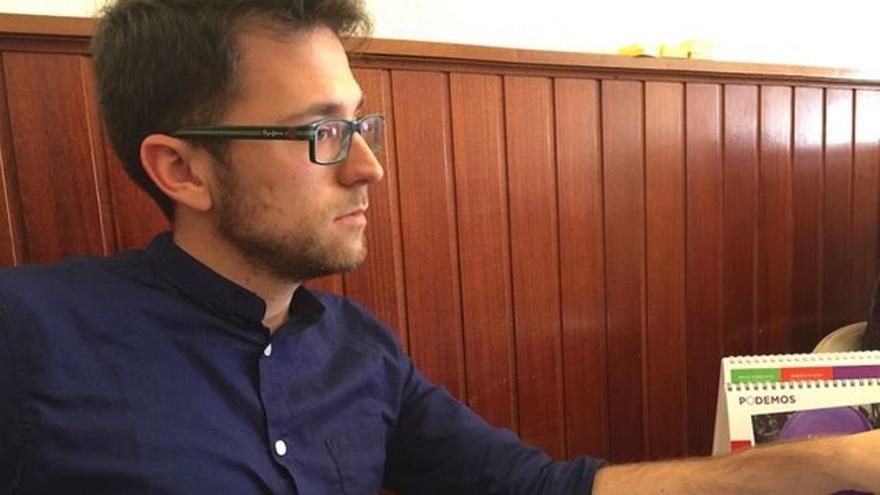 Roberto Gil, consejero en el Cabildo de Tenerife, por ahora, y nuevo asesor de Meri Pita