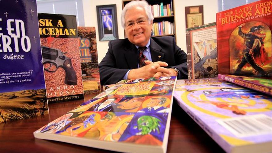 Las obras de autores latinos en EE.UU. carecen de una estructura que las promuevan