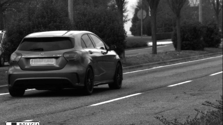Imputado un conductor por circular a 122 km/h en la calle Tajonar de Pamplona