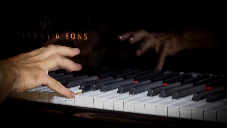 Estudian si la música de fondo mejora la memoria de personas con Alzheimer