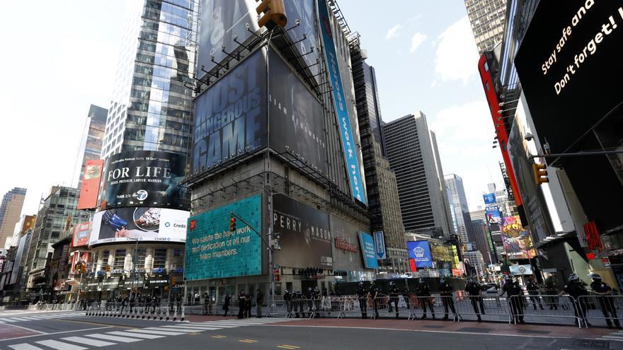 La Policía evacúa temporalmente parte de Times Square por un paquete sospechoso