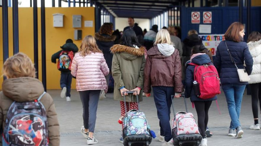 Educación y sindicatos concretarán medidas en los centros educativos de Madrid