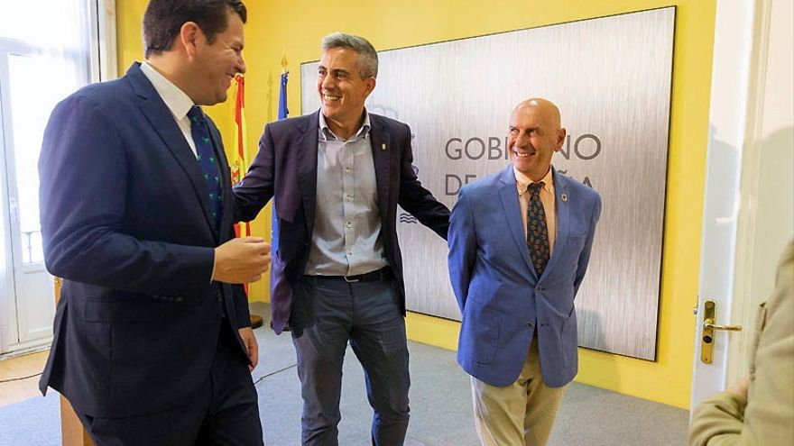 """Valerio y otros ministros, Solana y representantes de """"todo el planeta"""", en el IV Foro de Líderes Mundiales en Santander"""