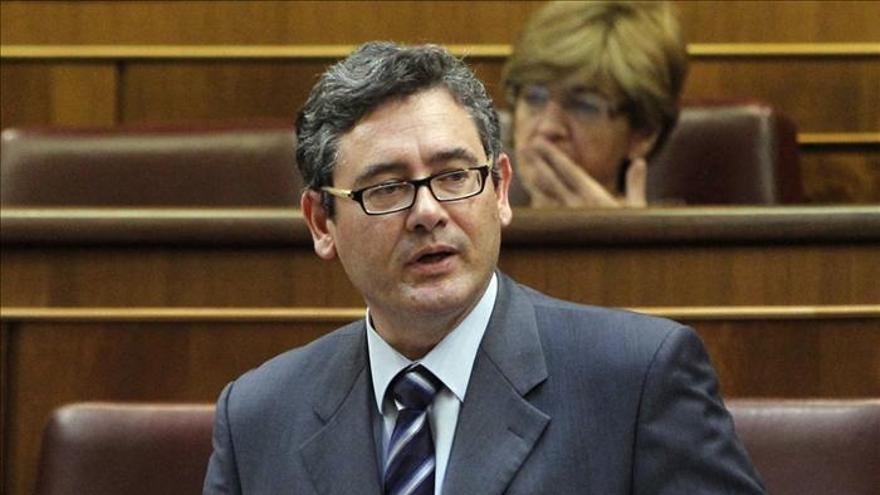 Canarias considera un insulto que Rajoy descarte sondeos en Baleares si hay peligro