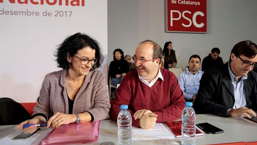 ERC y PSC se reúnen por primera vez para abordar la composición de la Mesa