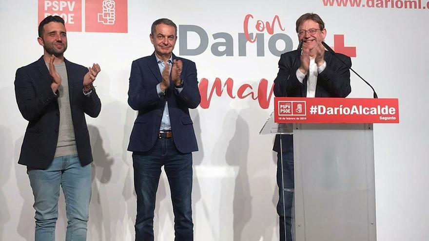 El candidato socialista a la alcaldía de Sagunto, Darío Moreno, el expresidente del Gobierno José Luis Rodríguez Zapatero y el president Ximo Puig