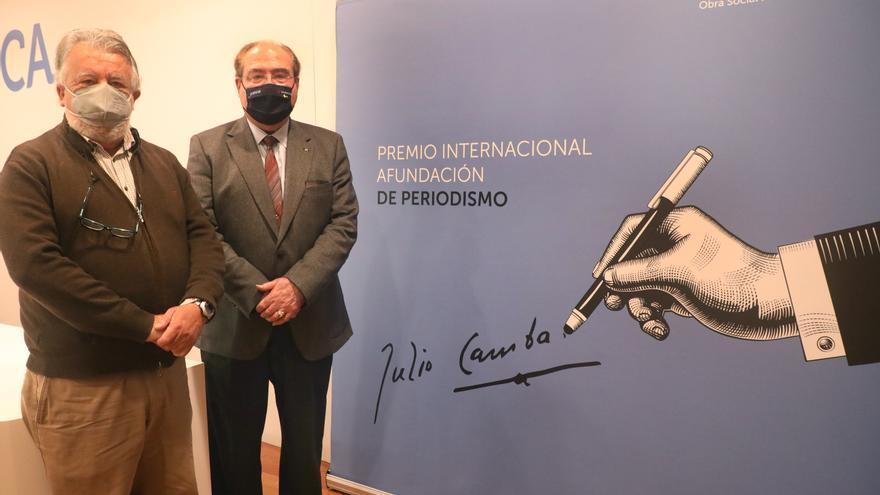Bibiana Candia, Elena Medel y José de Cora, finalistas del Premio Julio Camba