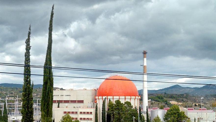 Derribo de los principales edificios de la nuclear Zorita, en el segundo semestre