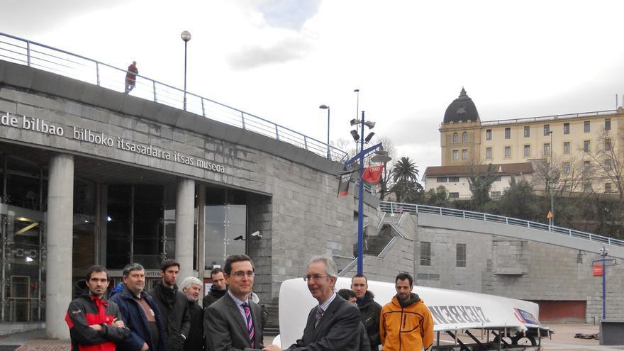 El Museo Marítimo Ría de Bilbao incorpora a su colección la trainera Zierbena, donada por Petronor