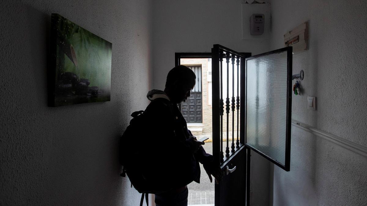 El acogimiento residencial como medida de protección a los menores desamparados debería ser secundario, pero no es así