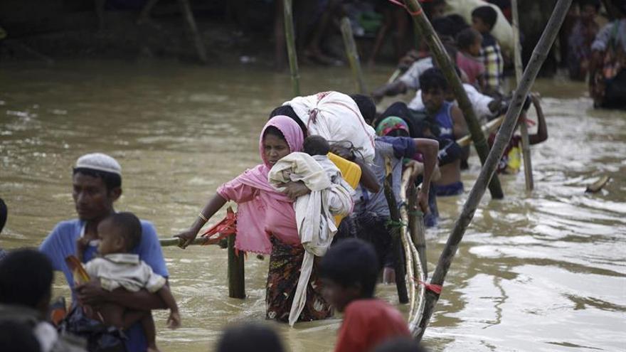 La ONU estima que 470.000 rohinyás necesitan ayuda para refugios en Bangladesh