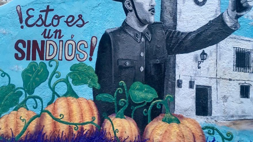 Murales que conforman un 'museo a cielo abierto' en medio de la sierra del Segura