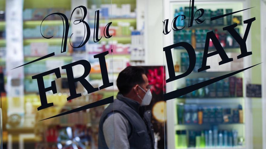 La contratación del comercio se desploma un 23,1% en Black Friday y Cyber Monday