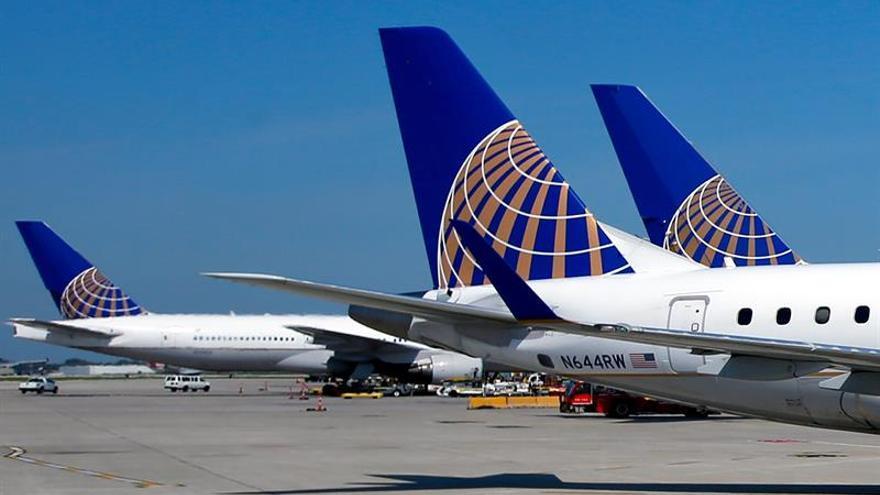Ingresos trimestrales de United Airlines crecen 2,7 %