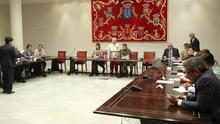 El Pacto presidirá quince comisiones parlamentarias y la oposición solamente cuatro
