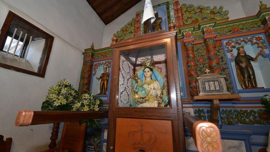 La Virgen de Los Reyes en su santuario