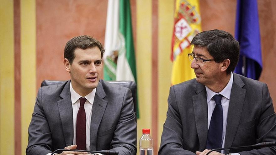 Albert Rivera y Juan Marín se congratulan del pacto cerrado en Andalucía
