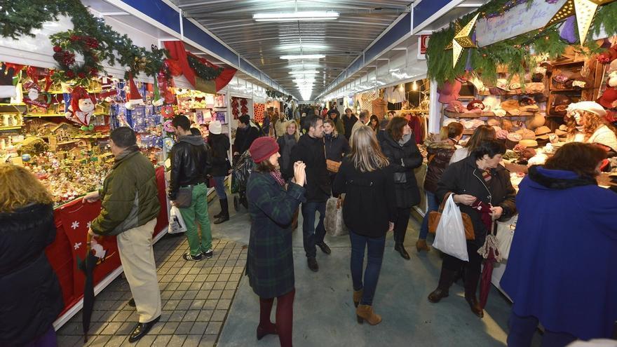 El Mercado de Navidad abre el martes con 70 puestos de artesanía y regalos