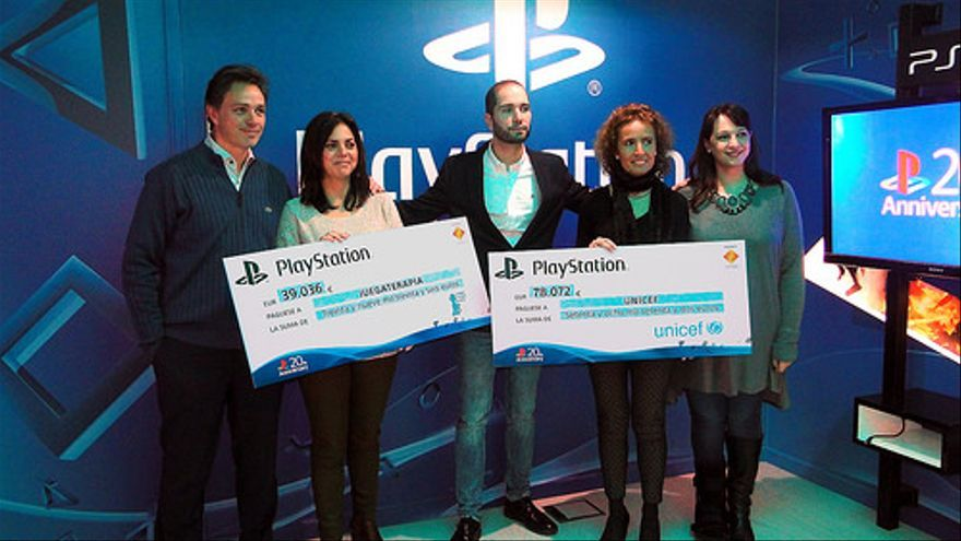 Entrega PlayStation a UNICEF y Juegaterapia