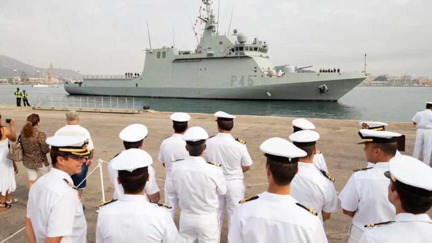 El buque Audaz de la Armada enviado por España a Lampeusa para hacerse cargo de los rescatados del Open Arms