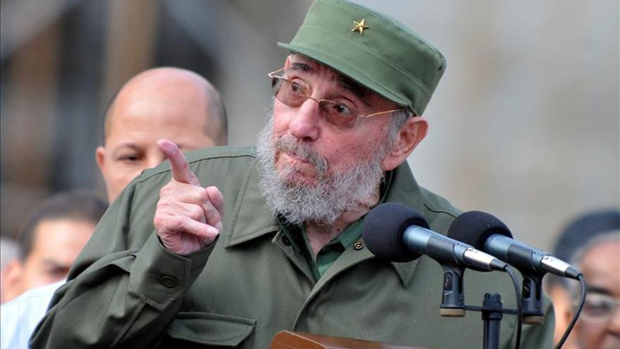 Fidel Castro recibió al presidente de Surinam en el marco de la Cumbre Celac