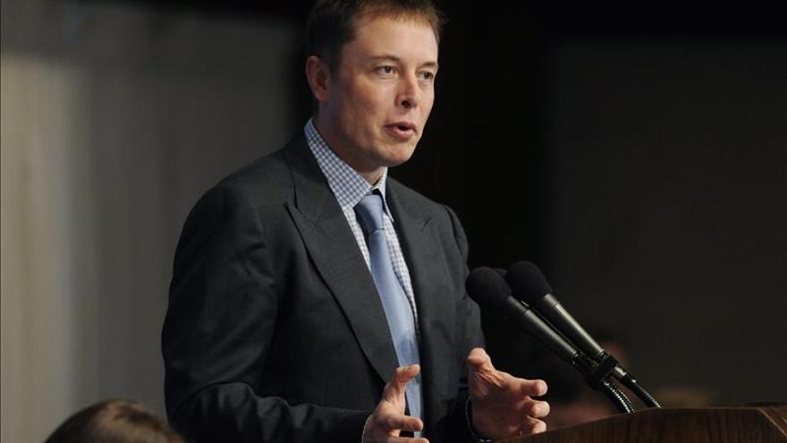 Directivo de Tesla Elon Musk cree que las vacaciones son malas para la salud