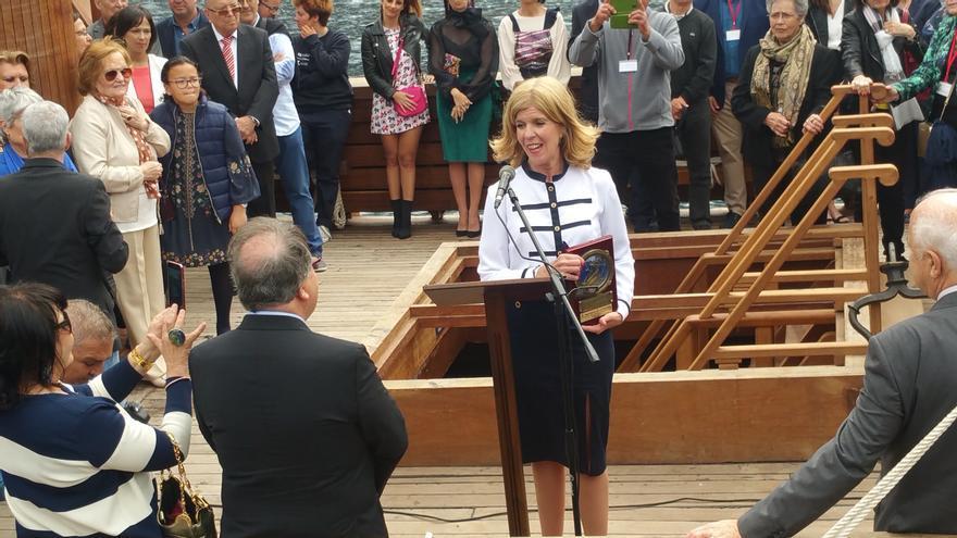 Reconocimiento a Carmen Concepción.