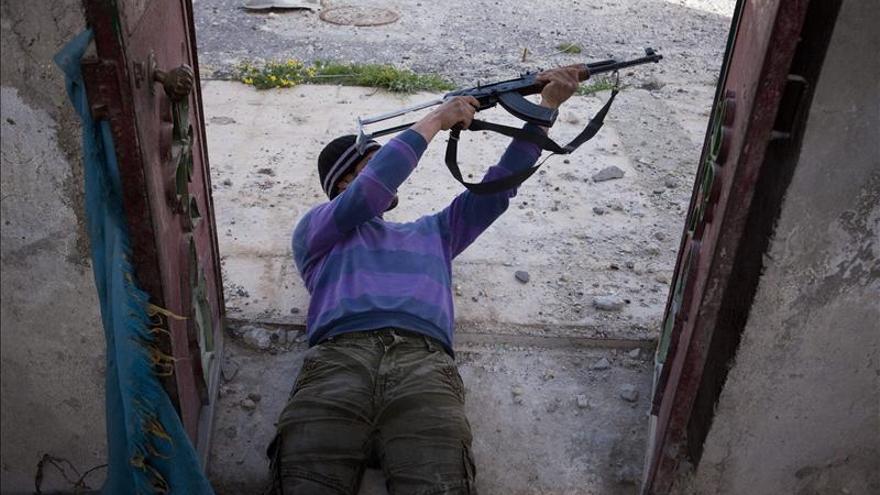Los rebeldes sirios dicen que mataron a 15 leales al régimen y a 25 milicianos de Hizbulá