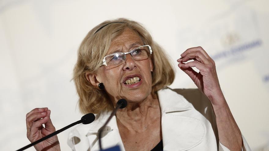 """Carmena compara su """"trayectoria de honestidad"""" a """"las dos grandes líneas de corrupción"""" del Gobierno Aguirre"""