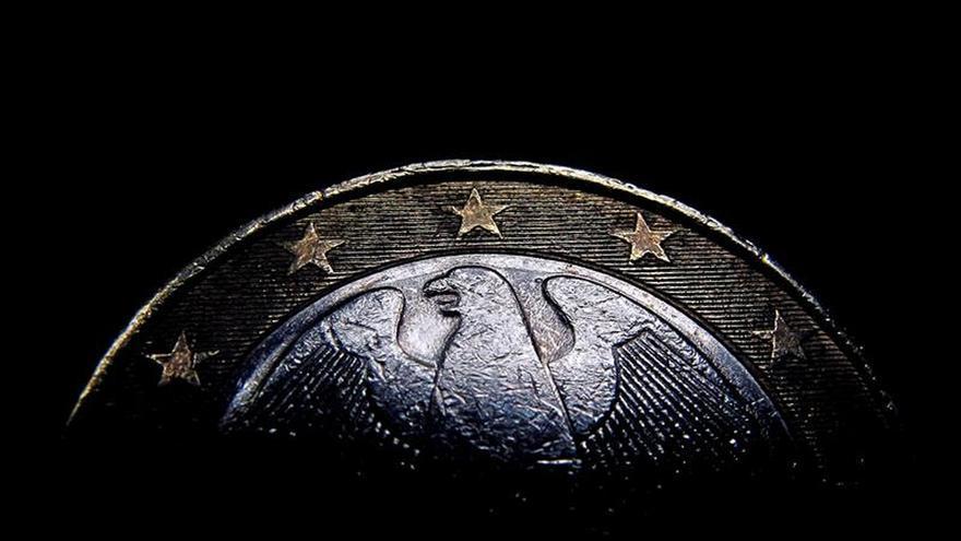El euro sube hasta los 1,1294 dólares en Fráncfort
