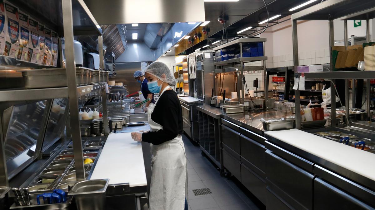 Una de las cocinas fantasma abiertas en Sarrià-Sant Gervasi
