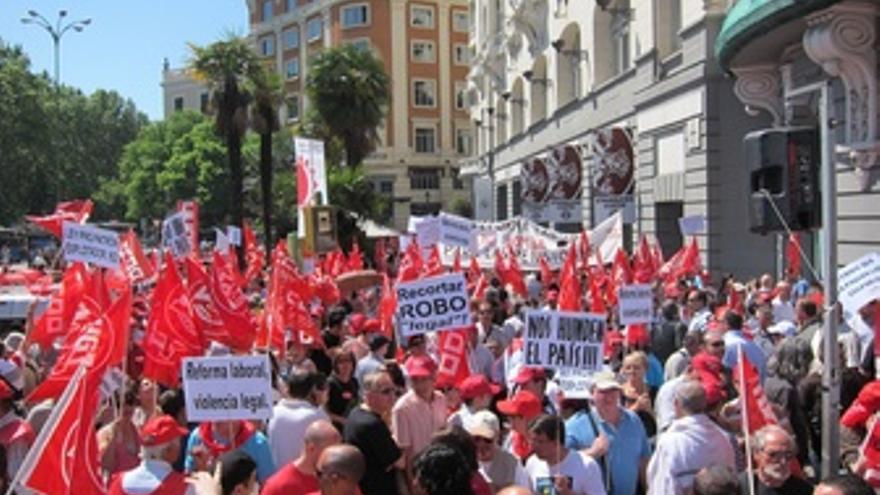 Concentración De CC.OO. Y UGT Contra La Reforma Laboral