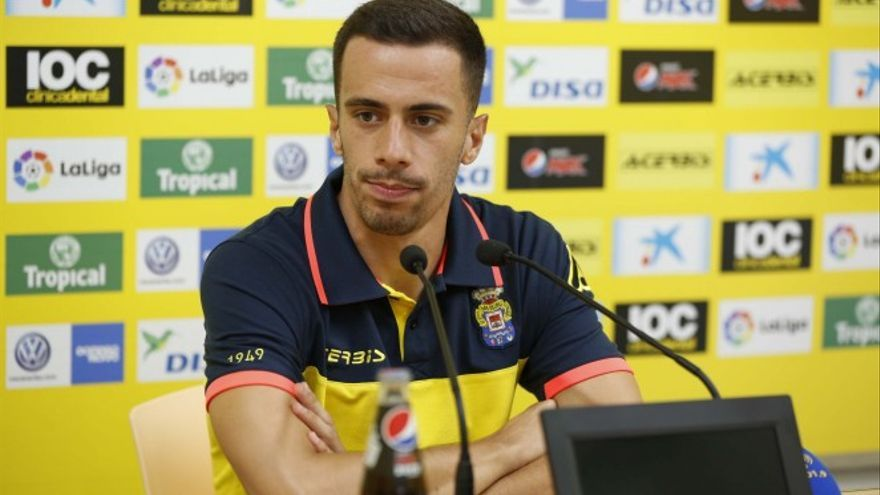 El jugador de la UD Las Palmas Hernán Santana (UD Las Palmas Oficial)