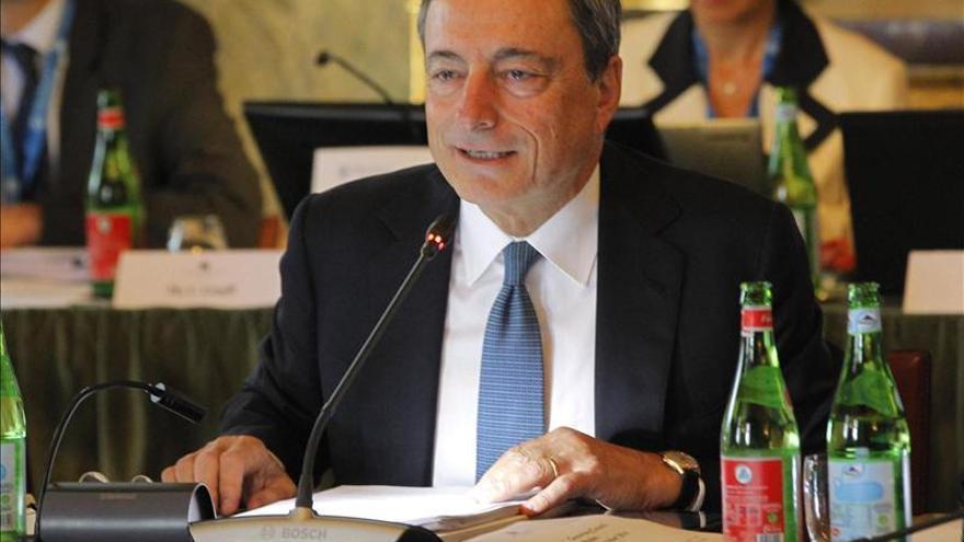 El BCE mantiene los tipos de interés en el 0,05 por ciento ante el estancamiento