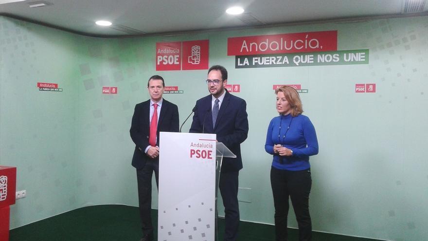 """Hernando (PSOE) avisa a Iglesias de que con 69 diputados no puede """"imponer su santa voluntad"""""""