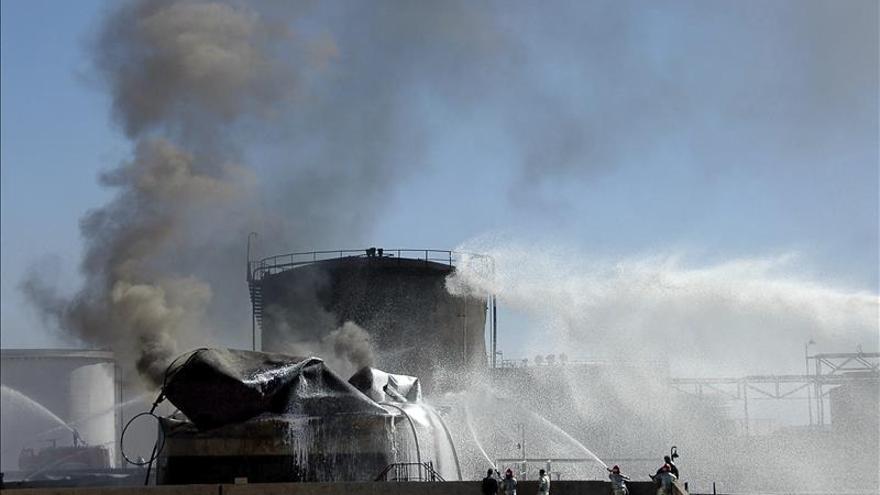 El EI arrebata el control del último pozo de petróleo en manos de régimen sirio